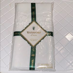 New in package Waterford linens Finger towels